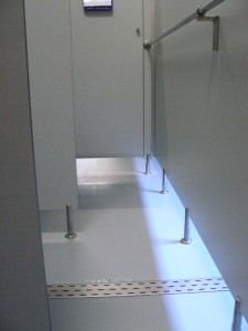 Anti-slip rolcoating natte ruimte